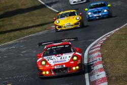 #30 Frikadelli Racing Team Porsche 991 GT3 R: Lance David Arnold, Alexander Müller, Matt Campbell
