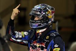 El ganador de la carrera y Campeón del Mundo Sebastian Vettel, Red Bull Racing