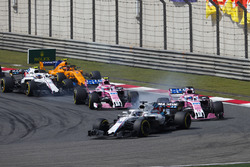 Lance Stroll, Williams FW41 Mercedes, leads Sergio Perez, Force India VJM11 Mercedes, Esteban Ocon, Force India VJM11 Mercedes, Sergey Sirotkin, Williams FW41 Mercedes, and Stoffel Vandoorne, McLaren MCL33 Renault