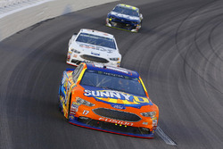 Ricky Stenhouse Jr., Roush Fenway Racing, Ford Fusion SunnyD and David Ragan, Front Row Motorsports, Ford Fusion MDS Trucking