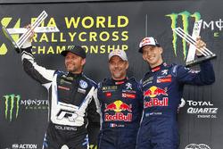 Le vainqueur Sébastien Loeb, Team Peugeot Total, le deuxième Petter Solberg, PSRX Volkswagen Sweden, le troisième Timmy Hansen, Team Peugeot Total