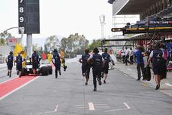 Oliver Rowland, Williams FW41, s'arrête dans la voie des stands