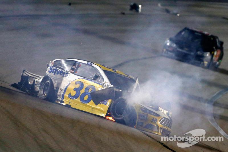 David Gilliland, Front Row Motorsports Ford in major crash