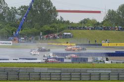 Timo Scheider, Audi Sport Takımı Phoenix, Audi RS 5 DTM, versus Jamie Green, Audi Sport Takımı Rosbe