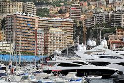 Barcos no porto de Mônaco