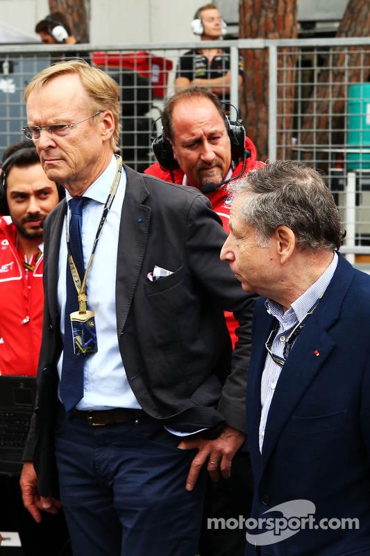 (Esquerda para direita): Ari Vatanen, ex-campeão mundial de Rally e Jean Todt, presidente da FIA no