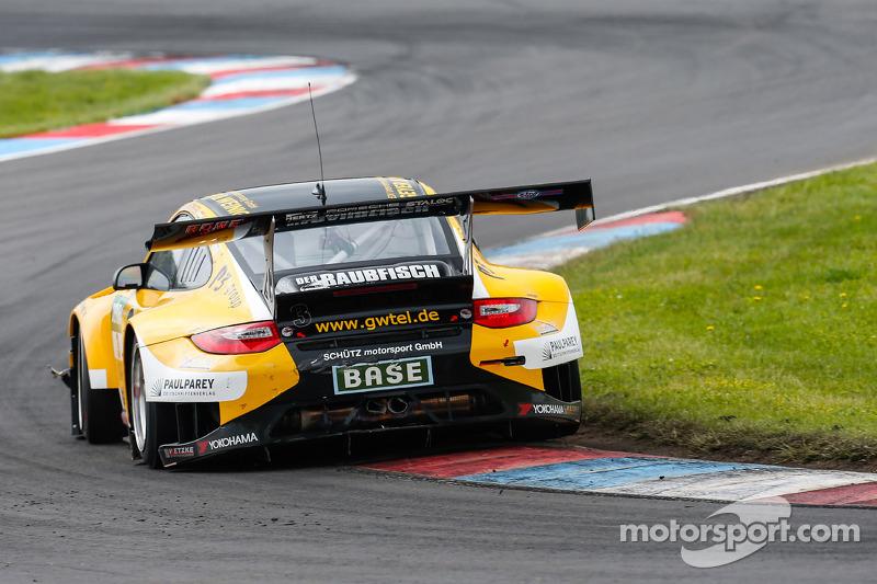 #3 Team Schütz Motorsport 保时捷 911 GT3 R: 马丁·雷齐格, 亚普·范拉根