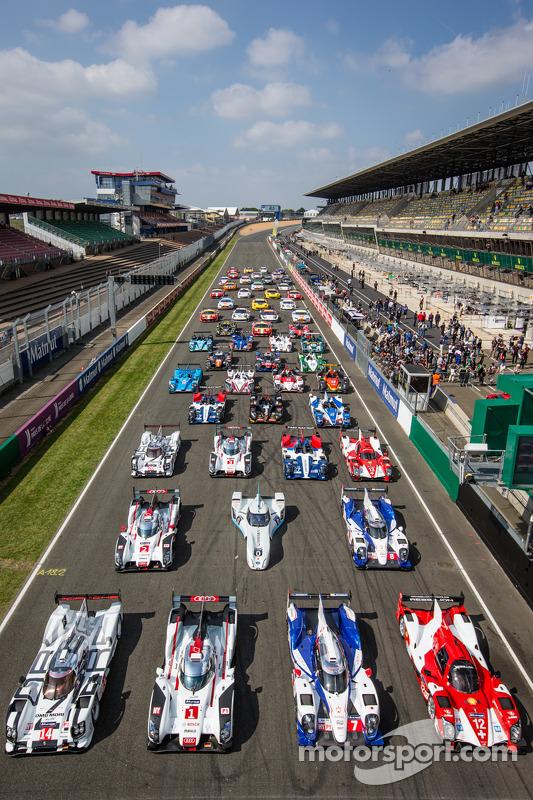 Foto do grupo de carros