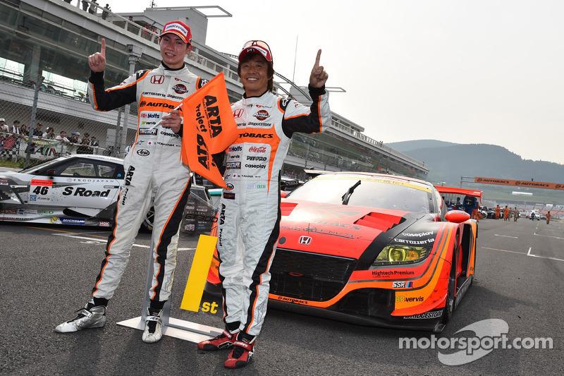 GT300 Kazanan Shinichi Takagi, Takashi Kobayashi