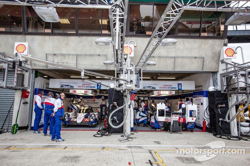 Zona pit Toyota Racing