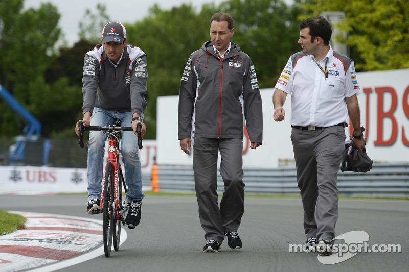 Adrian Sutil, Sauber rides the circuit