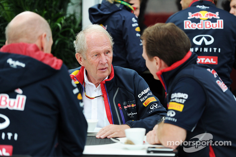 (L to R): Adrian Newey, Red Bull Racing Chief Technical Officer with Dr Helmut Marko, Red Bull Motor