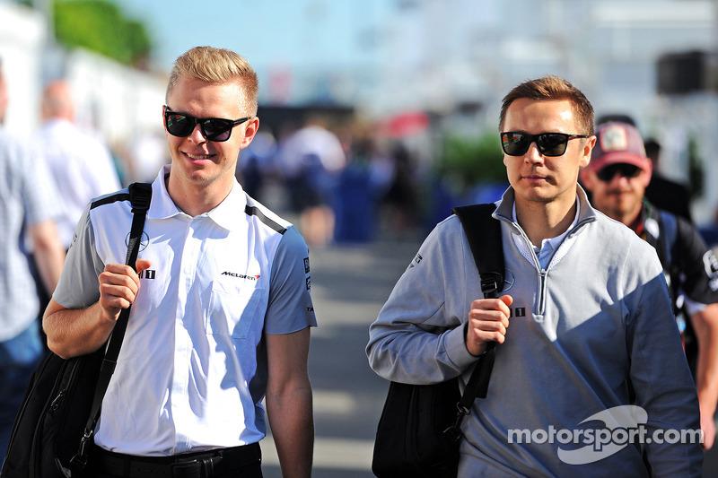 Kevin Magnussen, McLaren; Antti Vierula, Personal Trainer
