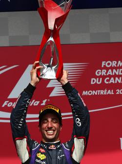 1. sıra Daniel Ricciardo, Red Bull Racing
