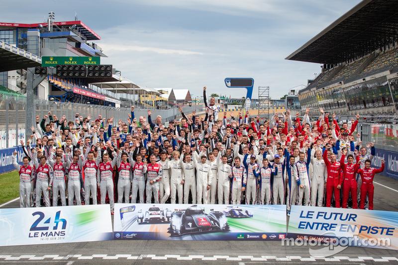 Pilot fotoğraf çekimi: 2014 24 Saat Le Mans'da 165 pilot var
