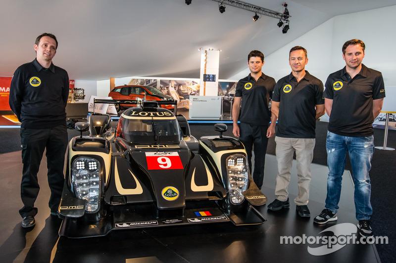 Lotus T129 LMP1 presentation: Lotus Head of operations Boris Bermes, Pierre Kaffer, Christophe Bouchut and Christijan Albers with the new Lotus T129 LMP1