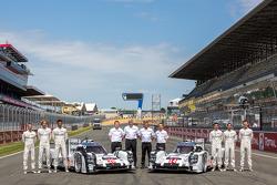 Fotos #14 Porsche Team Porsche 919 Hybrid: Romain Dumas, Neel Jani, Marc Lieb e #20 Porsche Team Por