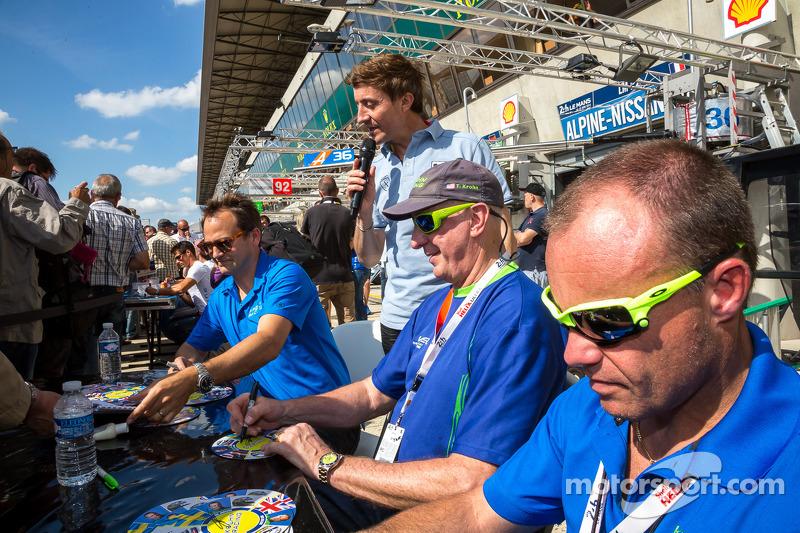 Tracy Krohn, Nic Jonsson, Ben Collins