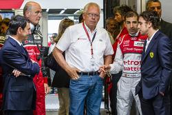 Pierre Fillon, el Dr. Wolfgang Ullrich, del grupo Volkswagen, el Técnico Oficial de Group Audi Dr. Ulrich Hackenberg, Marc Gene y Fernando Alonso.