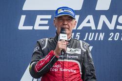 LMP1-H podium: Dr. Wolfgang Ullrich addresses the fans