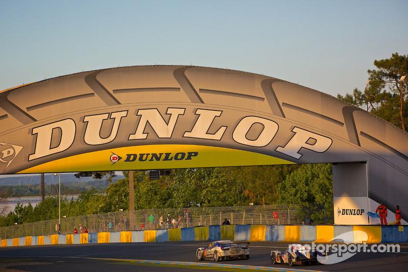 Dunlop Köprüsü akşam saatlerinde