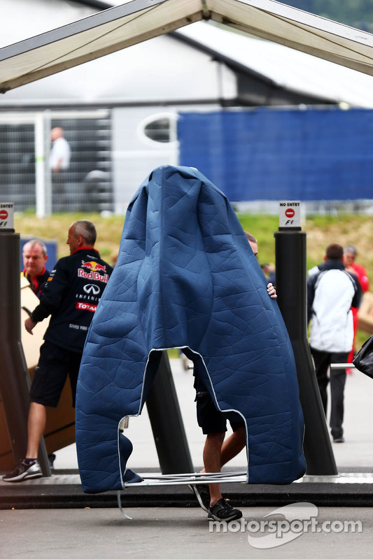 A new Red Bull Racing RB10 engine cover delivered to the paddock
