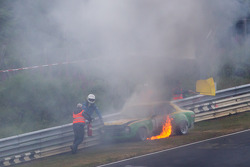 Auto vintage in fiamme a Pflantzgarten pochi minuti prima dell'inizio della sessione di qualifoche T