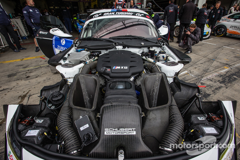 Motor del #19 Schubert Motorsport BMW Z4 GT3.