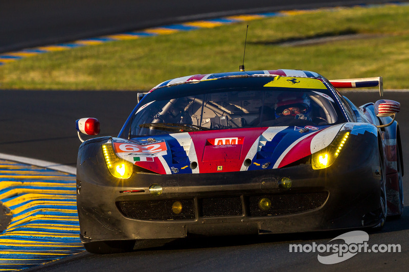 #62 AF Corse 法拉利 458 Italia: 雅尼克·马勒基尔, 让-马克·巴舍利耶, 霍华德·布兰克