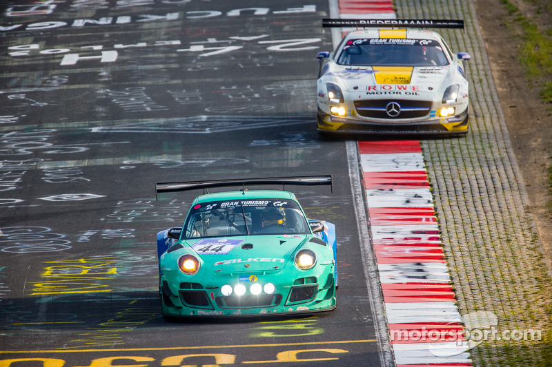 #44 Falken Motorsports 保时捷 997 GT3 R: 彼得·邓布雷克, 沃尔夫·亨泽尔, 亚历山大·因佩拉托里, 马丁·雷齐格, #22 Rowe Racing 梅赛德斯-奔驰