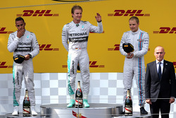 Lewis Hamilton, Mercedes AMG F1 Team, Nico Rosberg, Mercedes AMG F1 Team und Valtteri Bottas, Williams F1 Team