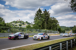 Largada: #306 Team Ring Police BMW M235i Racing: Jean-Pierre Kremer, Jan-Erik Slooten e #315 Mathol Racing BMW M235i Racing: Andres Serrano, Volker Wawer