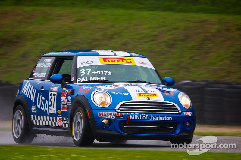 #37 MINI of Charleston Racing Mini 库珀: Tyler Palmer