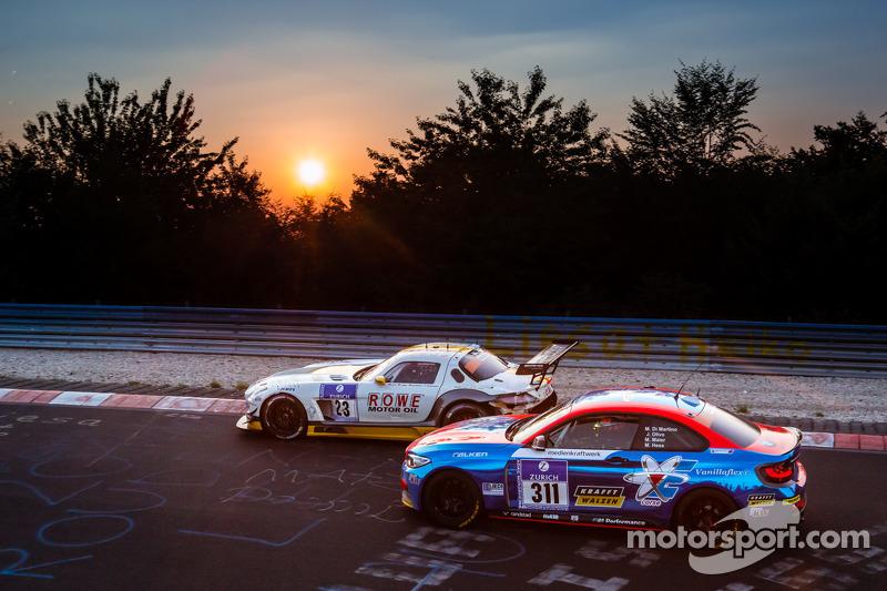 #23 Rowe Racing 梅赛德斯-奔驰 SLS AMG GT3: 克劳斯·格拉芙, 扬·赛费特, 托马斯·贾格尔, 理查德·戈兰森, #311 宝马 M235i Racing