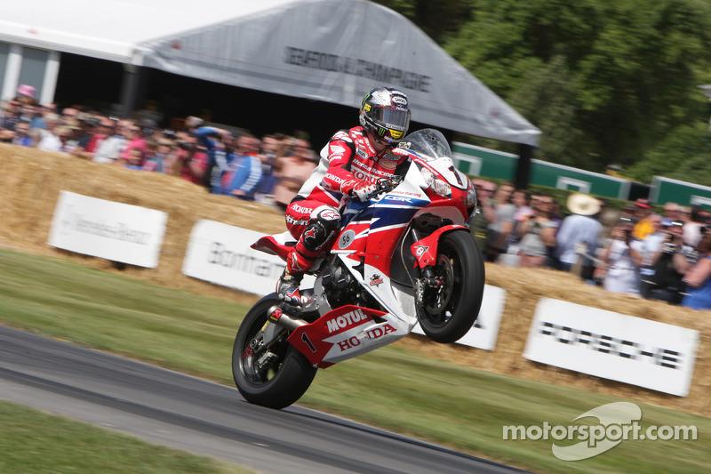 Honda CBR 1000RR - John McGuinness