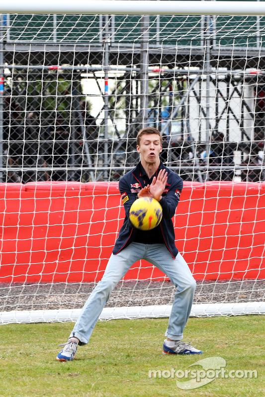 Daniil Kvyat, Scuderia Toro Rosso as a goalkeeper