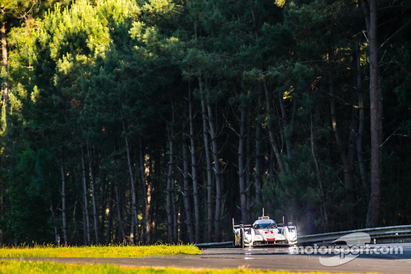 #3 奥迪运动部 Joest 奥迪 R18 E-Tron Quattro: 菲利普·阿布奎基, 马可·博纳诺米, 奥利弗·贾维斯
