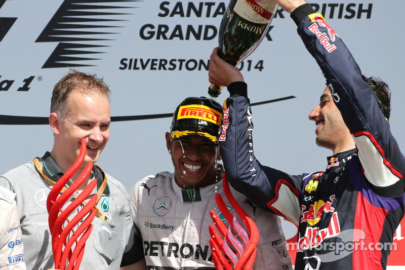 Podium: 1. Lewis Hamilton, Mercedes AMG F1; 3. Daniel Ricciardo, Red Bull Racing