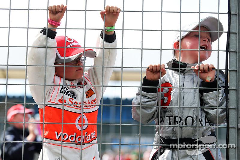 Giovani fan McLaren e Mercedes AMG F1
