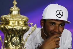 Yarış galibi Lewis Hamilton, Mercedes AMG F1 yarış sonrası Basın Konferansı'nda
