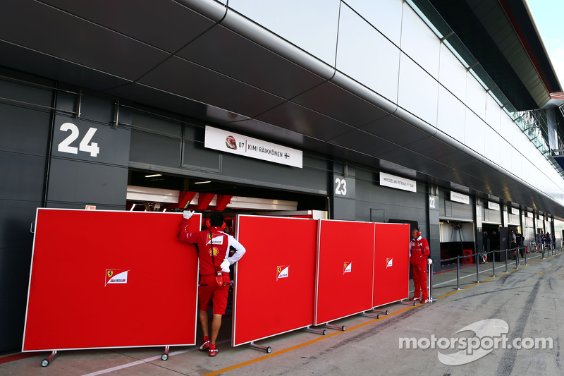 Barriere ai box Ferrari