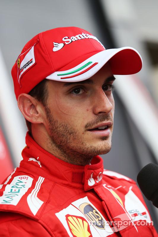 Jules Bianchi, Ferrari Test Driver, mit der Presse