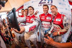 Benoit Tréluyer, Andre Lotterer, Lucas Di Grassi, Loic Duval and Tom Kristensen