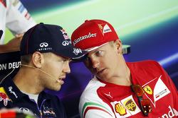 (Soldan Sağa): Sebastian Vettel, Red Bull Racing ve Kimi Raikkonen, Ferrari FIA Basın Konferansı'nda