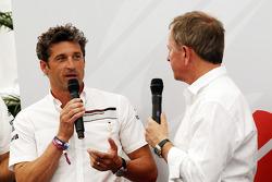 Patrick Dempsey, Aktör, Porsche Supercup yarışının bir parçası oluyor ve Martin Brundle, Sky Sports Yorumcusu