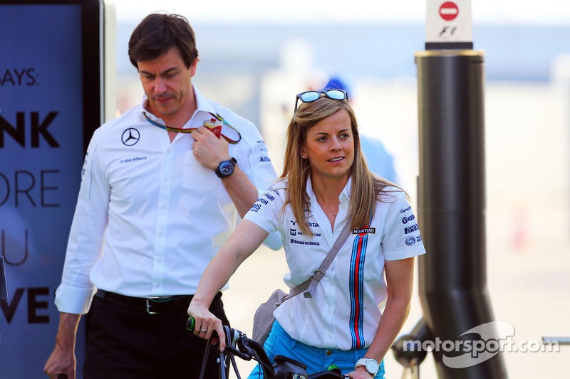 Susie Wolff, Williams Development Driver with her husband Toto Wolff, Mercedes AMG F1 ...