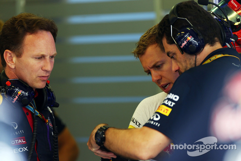 Christian Horner, Red Bull Racing Takım Patronu ve Sebastian Vettel, Red Bull Racing ve Guillaume Rocquelin, Red Bull Racing Yarış Mühendisi