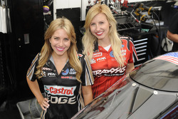 Force Britannique et Courtney Force