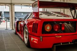 #10 Ferrari F40 - Simpson Motorsport