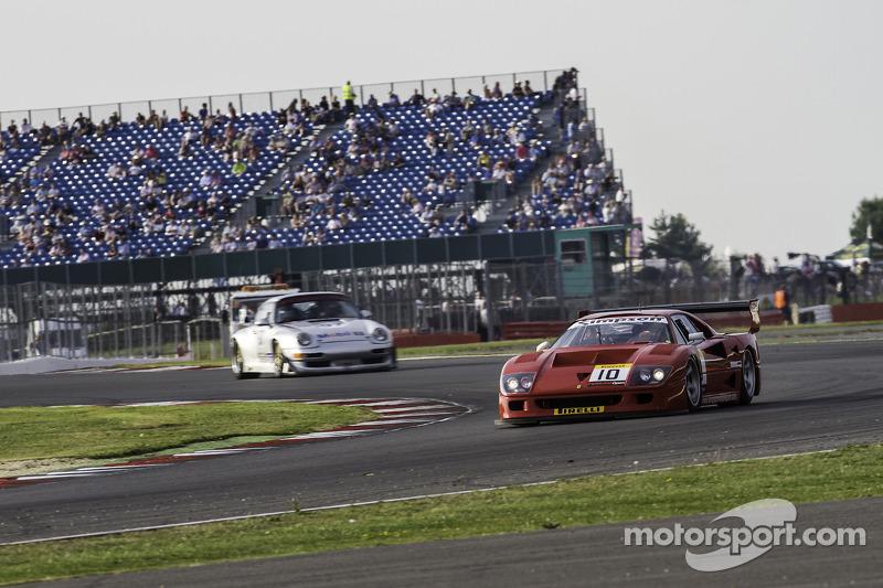 #4 法拉利 F40 LM: 斯蒂法诺·塞巴斯蒂安尼